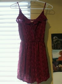 women's maroon sleeveless dress Sooke, V9Z 0W6