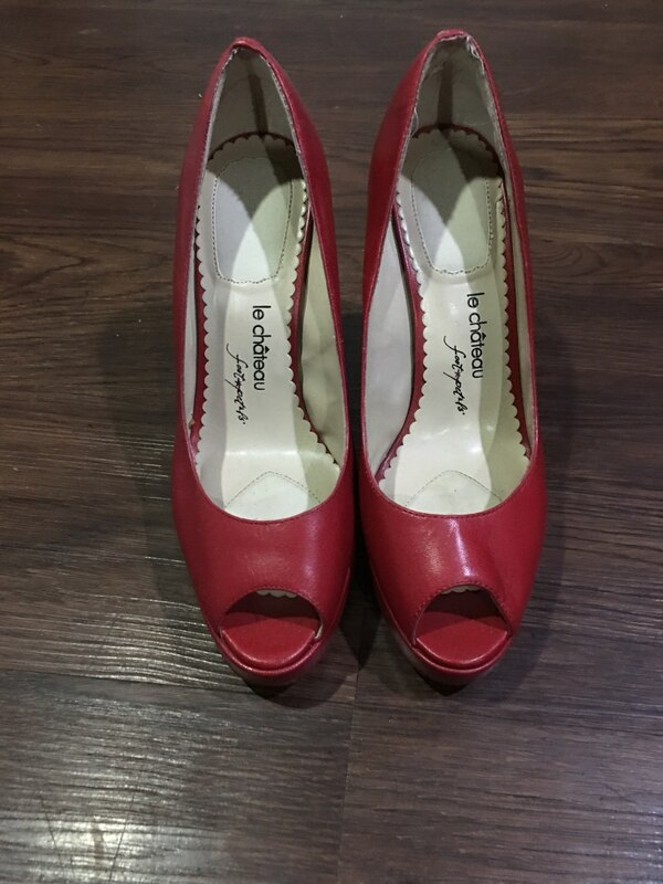 d9ac07db0da5 Used Women s red shoes for sale in Toronto - letgo
