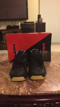 pair of black Air Jordan basketball shoes Lorton, 22079
