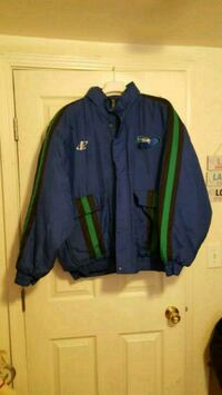 blue and green zip-up jacket Bakersfield, 93311