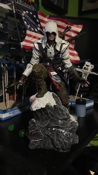 Assassins creed 3 statue  Toronto, M6M 1G7
