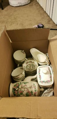 Huge India Tree Coalport ceramic dinnerware set Rockville, 20851