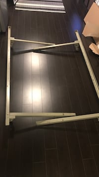 Metal bed frame - queen/double Mississauga, L5W 1L4