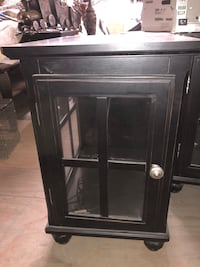 Set of Black Nightstands/End Tables Ontario, 91761