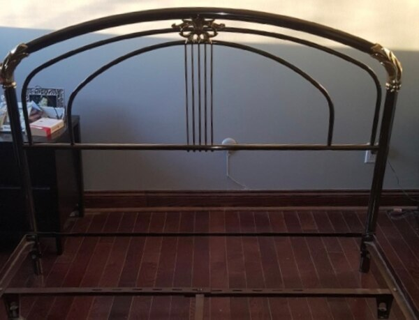 Headboard in copper and brass