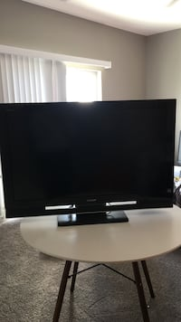 "Sony Bravia 42"" LCD TV Sioux Falls, 57108"