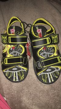 Light up! Kids sandals size 13 Toronto, M9V 3C9