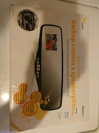 Rearview mirror backup camera and speakerphone Bluetooth Cambridge