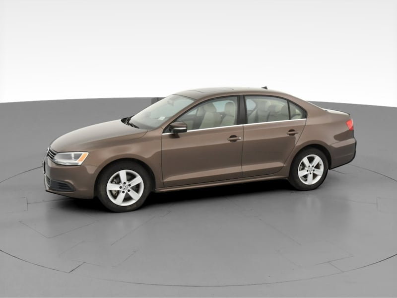 2013 VW Volkswagen Jetta sedan 2.0L TDI Sedan 4D Brown  3