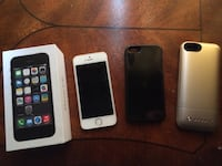 (Best Offer) 2 iPhone 5s' 16gb (Silver is Ilocked) w mophie space pack Toronto, M9A 1T9