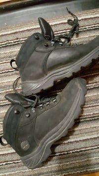 BOTTES TIMBERLAND HOMMES SIZE 8 Montreal