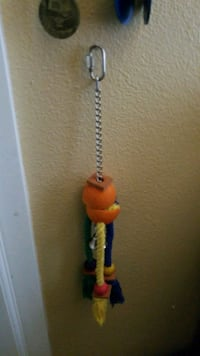 Bird toy San Bernardino, 92405