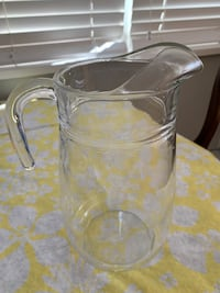 Pitcher with the strainer.