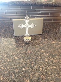 Cross comes with box brand new