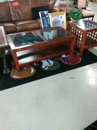 Coffee table and end tables  Saint Petersburg, 33704