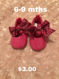 pair of red floral flats 1483 mi