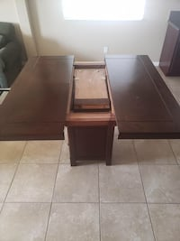 Dining table with chairs  Rancho Cordova, 95670