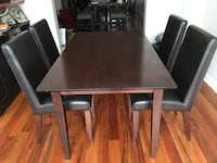 Rectangular brown wooden table with four chairs dining set Mississauga, L5B 4H6