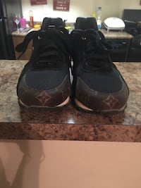 Louis Vuitton Designer Shoes District Heights, 20747