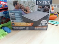 Intex comfort airbed box St. Catharines, L2T 3J9