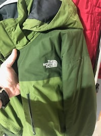 The North Face Men's Winter Coat Jacket XL warm skiing