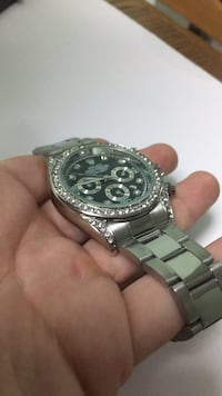 round silver chronograph watch with link bracelet Germantown, 20874