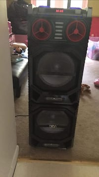 black and gray subwoofer speaker Fairfax, 22032