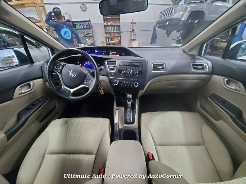 Honda Civic 2015 10