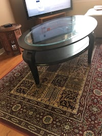 Oval shape coffee table with glass top Mississauga, L4Z