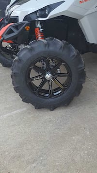 "Tires an wheels 33"" bkts on 18"" msa wheels Marksville, 71351"