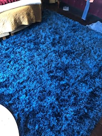 9.5 x 7.5 large area rug Windcrest, 78239