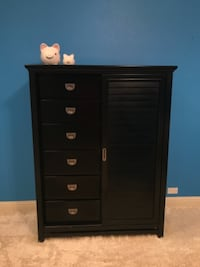 black wooden 6-drawer dresser null