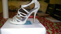 women's unpaired white leather open-toe strappy stiletto sandal with box