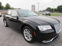 2016 Chrysler 300 4dr Sdn 300C RWD Clarksville, 37042