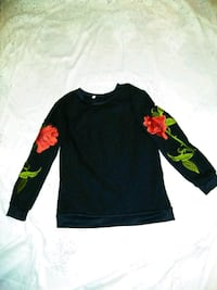 black and red floral long sleeve shirt Stockton, 95206