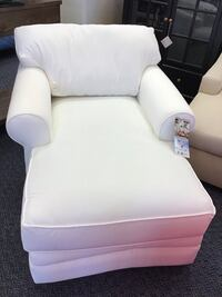 Brand New Klaussner Chaise Virginia Beach, 23462