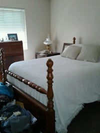 Antique Full Size Bed, Dresser, Vanity, Mirror, St Bakersfield, 93306