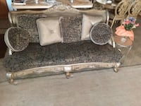 Beautiful Sofa, in good condition  Rochester Hills, 48309