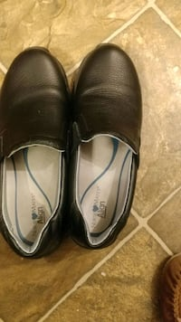 pair of brown leather slip-on shoes Opelousas, 70570