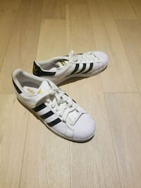 Patterned adidas superstars male sz 10 Vancouver, V5N 2T7