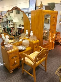 Antique vanity and Chifforobe  Waynesboro, 17268
