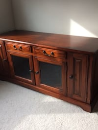 Beautiful Like New Real Wooden Cabinet/Entertainment Center DuPont, 98327