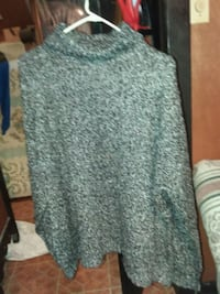 Gray sweater  Craigsville, 24430