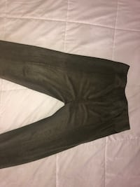 Women's gray pants Suitland, 20746