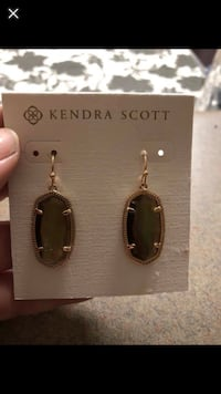 pair of oblong gold-colored Kendra Scott green gemstone hook earrings with pack screenshot Chesterfield, 63017