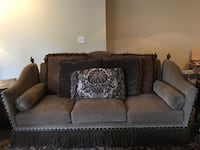 gray fabric 3-seat sofa Mukilteo, 98275