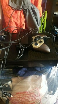 Xbox One console with controller Allentown