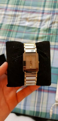 Sleek Unisex Watch  Mississauga, L5A 4B6