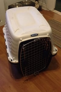 "Petmate ""Compass"" 32"" dog crate/kennel - USED ONLY ONCE!! LIKE NEW! 537 km"