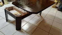 Lift top coffee table Houston, 77084